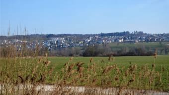 Das Naherholungsgebiet liegt Oberlunkhofen quasi zu Füssen, alles andere erreicht man mit öffentlichem oder privatem Verkehrsmittel schnell.