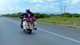 Auf dem Motorrad zum Weltrekord.