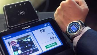 Die Gear S3 für Anzugträger. key