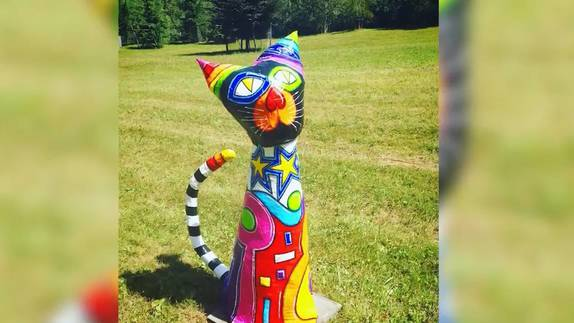 Happy End für verschwundene Katzenskulptur