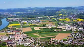 Die Industriebrache Sisslerfeld verteilt sich auf die Gemeinden Sisseln, Eiken, Münchwilen und Stein und beeinflusst die Statistik der Bauzonenauslastung.