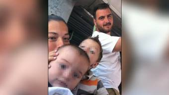 Vor knapp zwei Wochen stürzte der Kleine in Südspanien in einen tiefen Brunnenschacht. In der Nacht auf Samstag ist die Leiche des Kleinkindes nach tagelangen Bohrungen in einer Tiefe von 70 Metern gefunden worden.