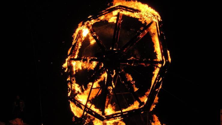 Darf beim Oeschger Scheibensprengen nicht fehlen: Ein mit Stroh umwickeltes und mit Stoff überzogenes Speichenrad von vier Metern Durchmesser, das die Sonne symbolisiert.