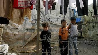 Syrische Flüchtlinge in einem Flüchtlingslager im Libanon (Archiv)
