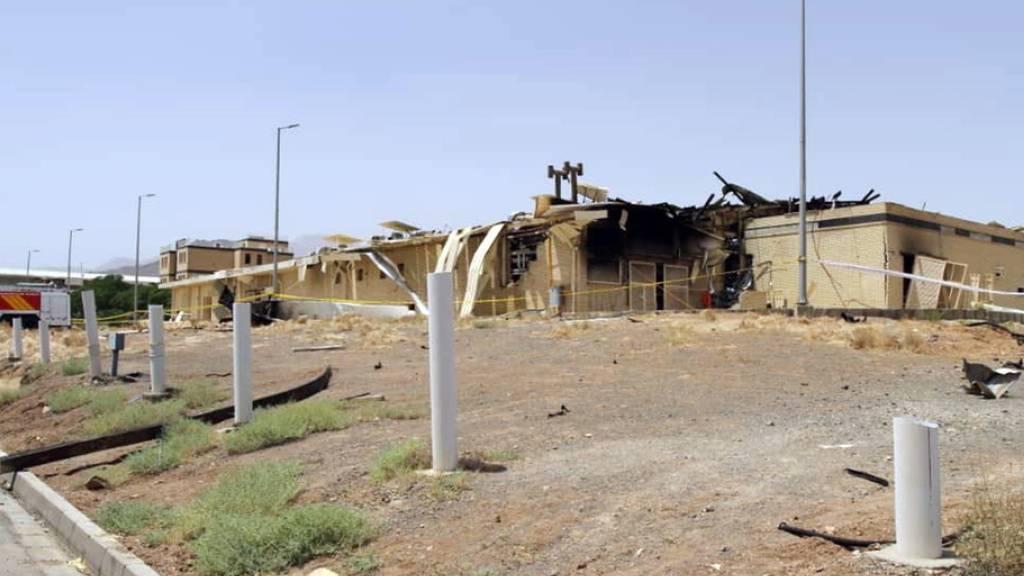 In der Atomanlage Natans in Zentraliran werden sowohl Uran angereichert als auch neue Zentrifugen gebaut und getestet. Der Brand eines Industrieschuppens hat dort grosse Schäden angerichtet.