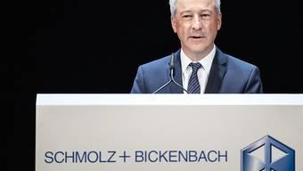 Der Stahlhersteller Schmolz + Bickenbach muss in Deutschland eine Busse in Höhe von 12,3 Millionen Euro zur Beilegung eine Kartellverfahrens bezahlen. Im Bild Verwaltungsratspräsident Jens Alder. (Archiv)