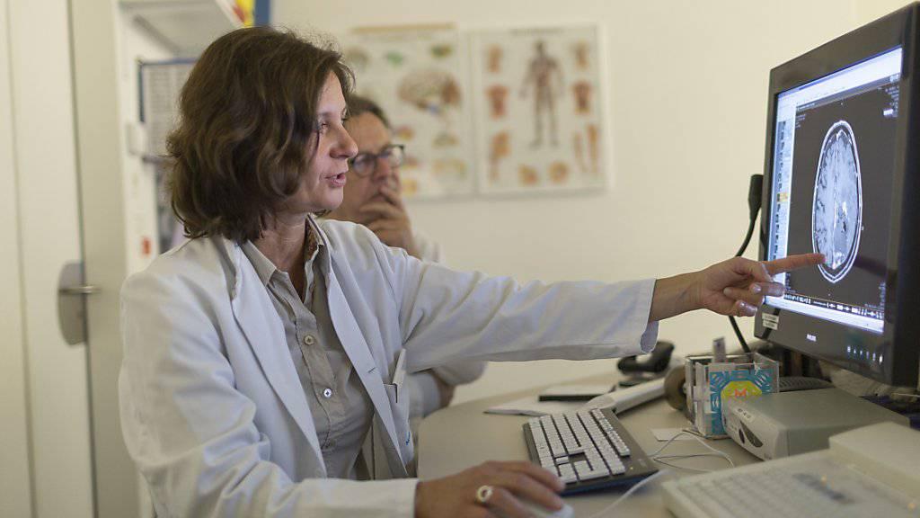 Neu werden die Hausarzt- und die Komplementärmedizin sowie die medizinische Grundversorgung  ausdrücklich in die Ausbildungsziele aufgenommen. (Symbolbild)