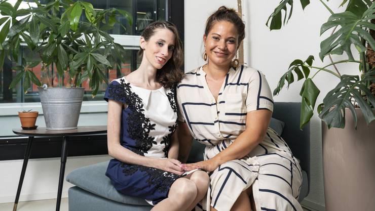 Die Schlieremer SP-Gemeinderätin Silvia Meier (rechts) tritt am «Race for Life» für krebskranke Personen in die Pedale. Eine von ihnen ist Lerna Scherer.