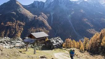 Der alpine Tourismus befindet sich ein einer Krise. Die Schweizerische Arbeitsgemeinschaft für die Berggebiete (SAB) und der Schweizer Tourismusverband (STV) fordern daher eine Task Force auf Bundesebene. (Symbolbild)