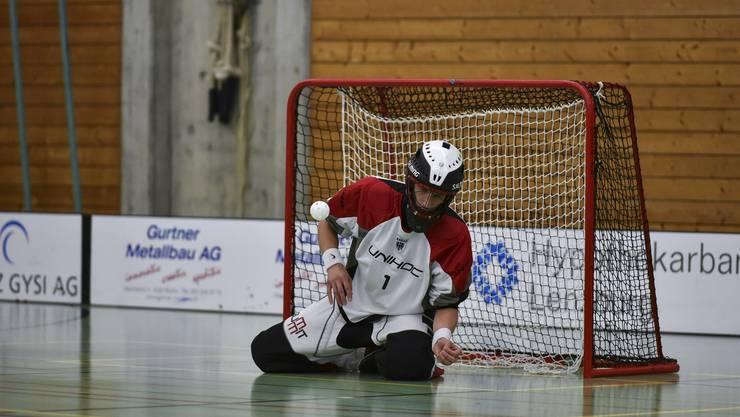 War auch gegen Baden-Birmenstorf der gewohnt sichere Rückhalt für seine Mannschaft: Team Aarau-Goalie Luz Mäder. (Foto: Jürg Sollberger)