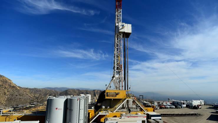 Blick auf die vom Leck betroffene Gasförderanlage oberhalb des Orts Porter Ranch (Archiv)