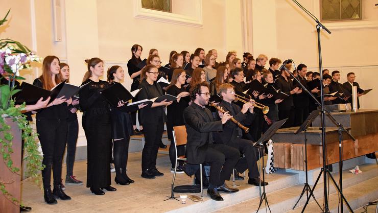 Die Kantischüler und Musiker zogen das Publikum mit ihrer Darbietung in ihren Bann.