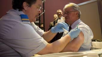 Gutes Beispiel: Etliche Parlamentarier liessen sich impfen, unter ihnen der Aargauer Nationalrat Markus Zemp (Bild). (Yoshiko Kusano)