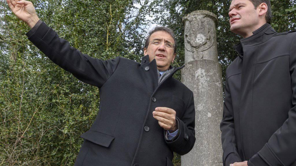 Zwei Westschweizer FDP-Politiker haben genug. Pascal Broulis (l.) und Pierre Maudet klagen gegen einen «Tages-Anzeiger»-Journalisten. (Archiv)