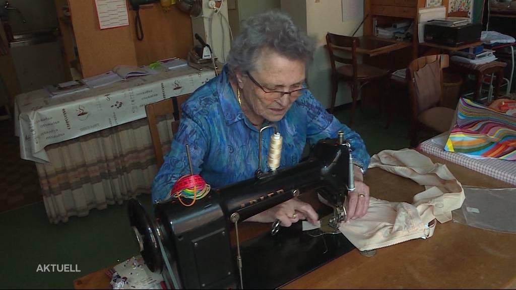Grosse Leidenschaft: 90-Jährige schneidert Frauen-Dessous