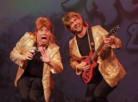 Sind das erfolgreichste Comedy-Duo der Schweiz: Jonny Fischer (links) und Manu Burkart sind die Köpfe hinter dem Cabaret Divertimento.