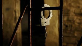 Folter und Tod gehören laut Amnesty International in syrischen Gefängnissen zum Alltag (Symbolbild)