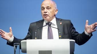"""Bundespräsident Ueli Maurer, Vorsteher des Eidgenössischen Finanzdepartements, spricht am """"Tag der Wirtschaft 2019"""" von Economiesuisse am Freitag in Zürich."""