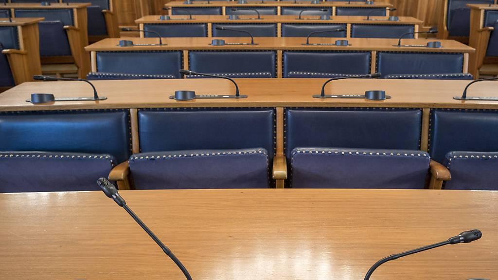 Mit der elektronischen Abstimmungsanlage im Landratssaal in Altdorf lassen sich automatisch Namenslisten generieren. (Archivbild)