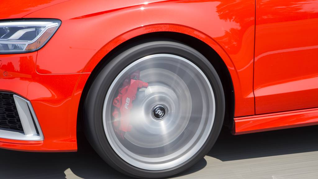 Lausanner Polizei stoppt Audi mit Schüssen