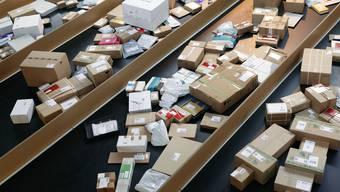 Rekord: 115 Millionen Pakete hat die Post 2015 vertrieben.