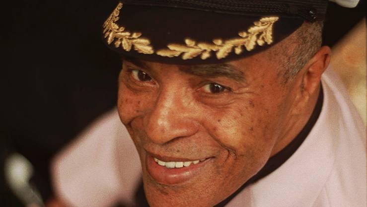 Er war eine zentrale Figur des Jazzgesangs.