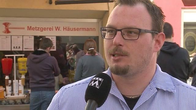 Über 800 Lenzburger unterschreiben für Grillstand