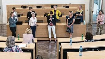 Im September trafen sich, auf Einladung der Frauenzentrale Aargau, Grossrätinnen mit Kandidatinnen zum Austausch im Grossratssaal.