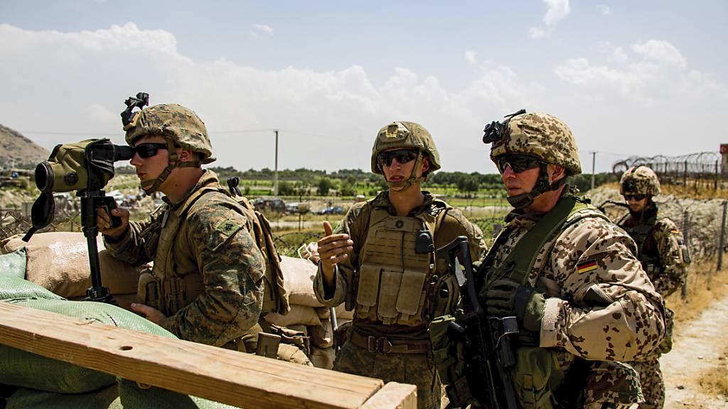 US-Militär prüft nach Luftangriff in Kabul Berichte zu zivilen Opfern