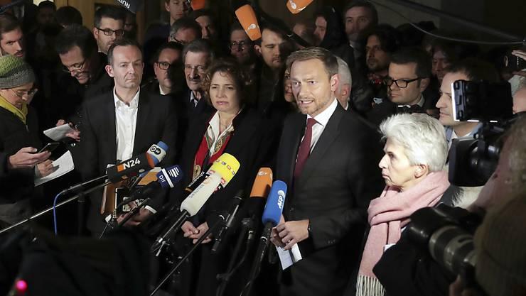 """""""Es ist besser nicht zu regieren, als falsch zu regieren"""", begründete FDP-Chef Christian Lindner den Schritt. Die Gespräche zwischen CDU, CSU, FDP und Grünen dauerten vier Wochen."""