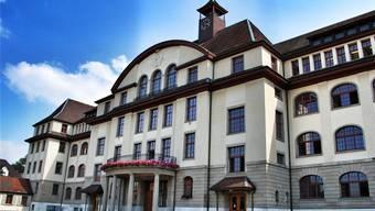 Der Beschuldigte unterrichtete bis im November 2006 an der Bezirksschule Aarau