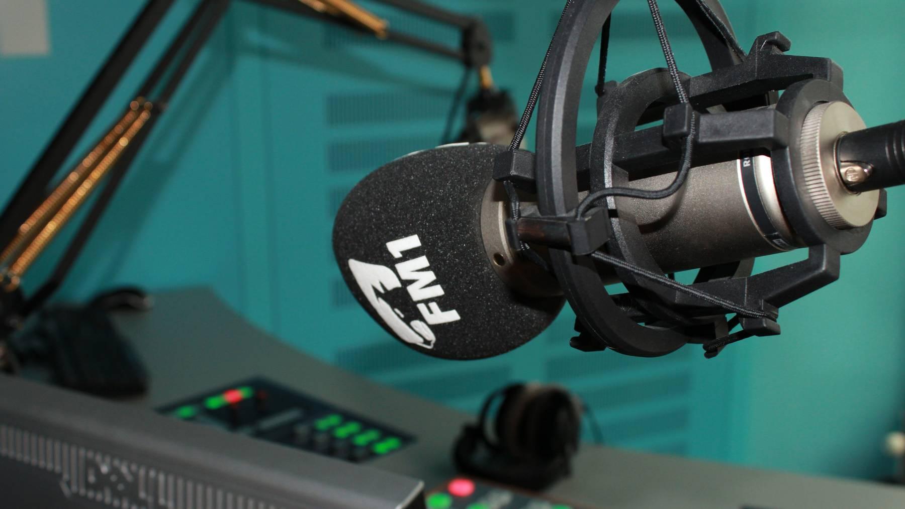 Radio FM1 lässt im Sendegebiet SRF 3 und SRF 1 deutlich hinter sich und gehört zu den erfolgreichsten Privatsendern der Schweiz.
