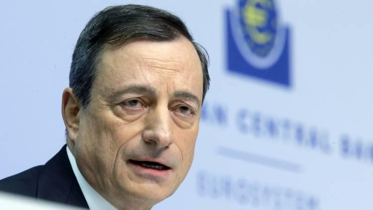 EZB-Präsident will für mehr als eine Billion-Euro Staatsanleihen kaufen.