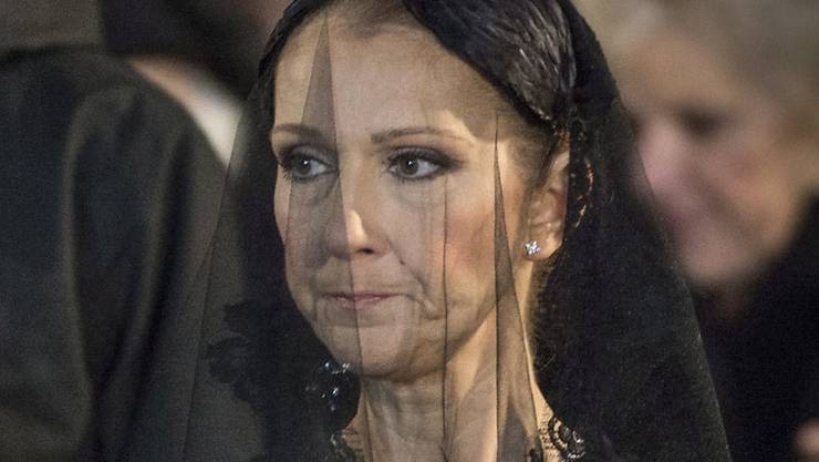 Céline Dion am 23. Januar auf der Trauerfeier für ihren Mann René Angélil. Genau einen Monat nachher will sie jetzt ihre Arbeit wieder aufnehmen (Archiv).
