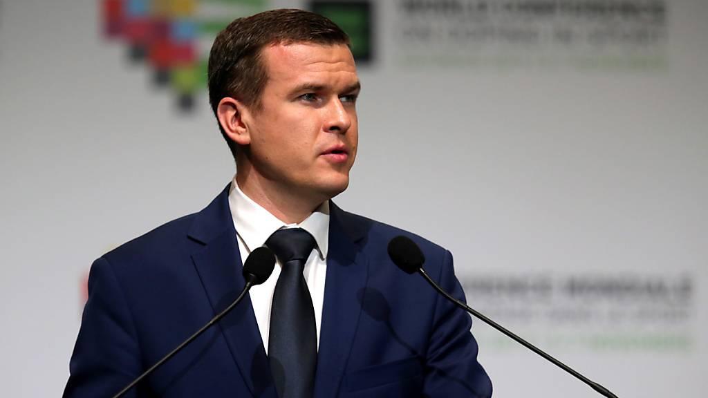 Der designierte WADA-Präsident Witold Banka spricht am Kongress in Katowice