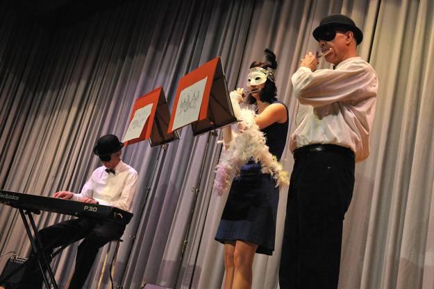 Trio mit Intermezzo.