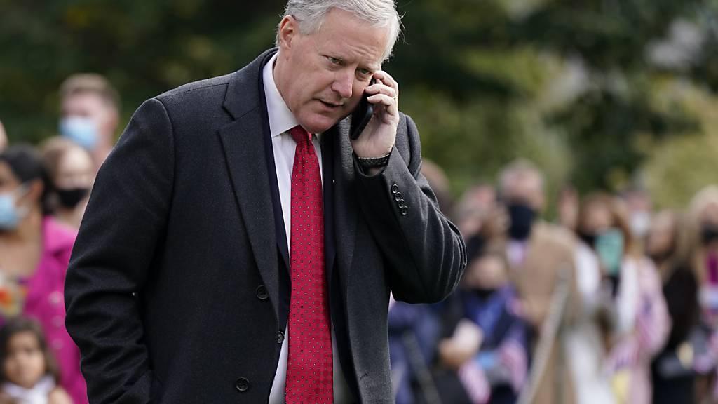 Mark Meadows, Stabschef im Weißen Haus, Ende Oktober auf dem Südrasen des Weißen Hauses. Foto: Patrick Semansky/AP/dpa