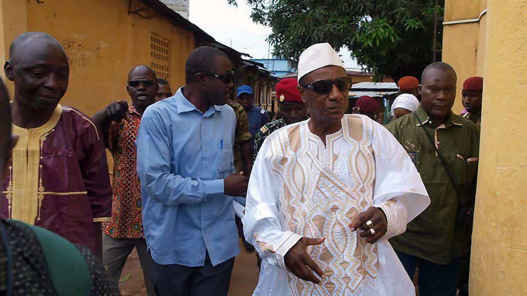 Guineas Staatschef Condé kandidiert für dritte Amtszeit