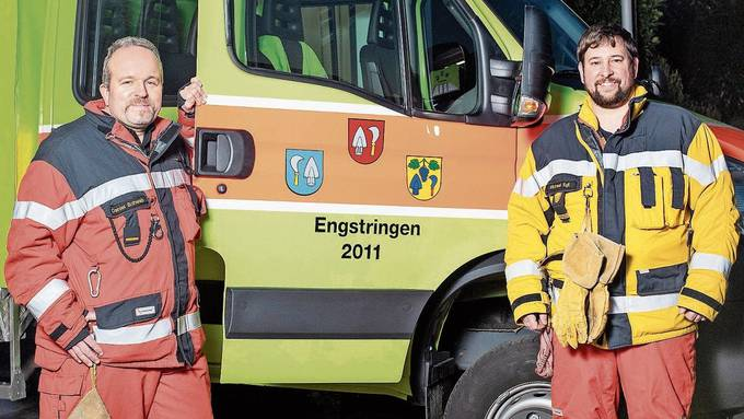 Der abgetretene Kommandant und sein Nachfolger: Nach acht Jahren als Feuerwehrkommandant hat Daniel Schwab zum Jahreswechsel an Michael Egli übergeben.