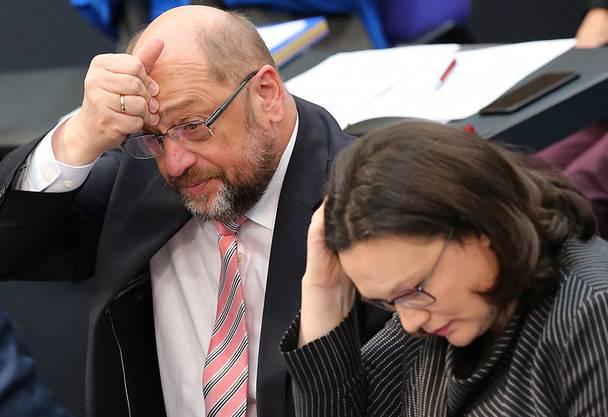 Sind in Schwierigkeiten: Andrea Nahles (rechts) und Martin Schulz.