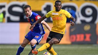 Der FC Basel wurde in der Saison 2017/18 vom Gejagten zum Jäger: Wie machen sich Valentin Stocker(l.) und Co. auf der Jagd nach Titelverteidiger Sekou Sanogo und seinen Young Boys?Freshfocus