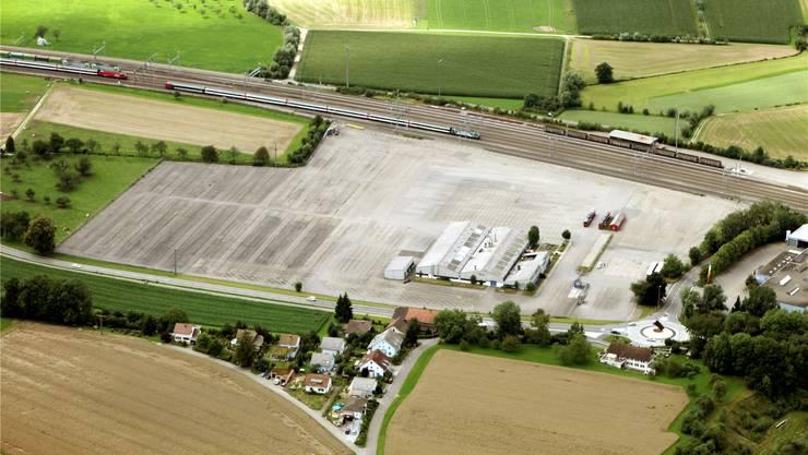 Auf dem ehemaligen Ford-Areal plant die Schöni Transport AG ein zentrales Logistikcenter. lee