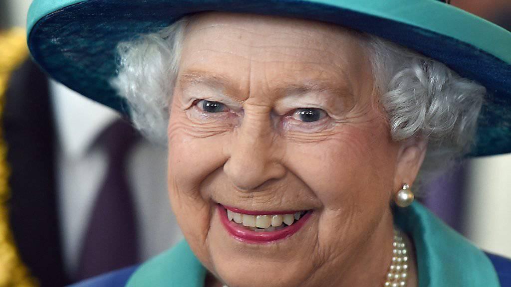 Queen Elizabeth II. mag es gerne korrekt - auch in TV-Serien.