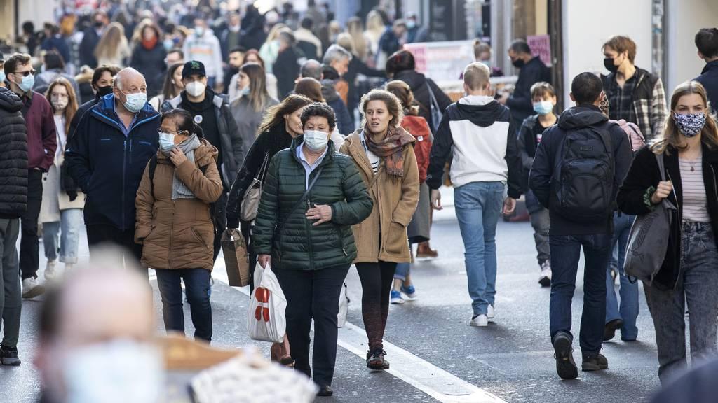 «Vor allem Jugendliche mussten wir auf Maskenpflicht im Freien hinweisen»