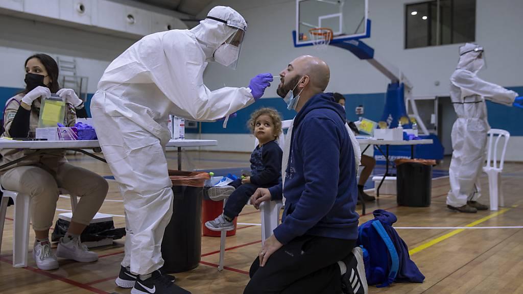 Mehr als 9000 Corona-Neuinfektionen in Israel