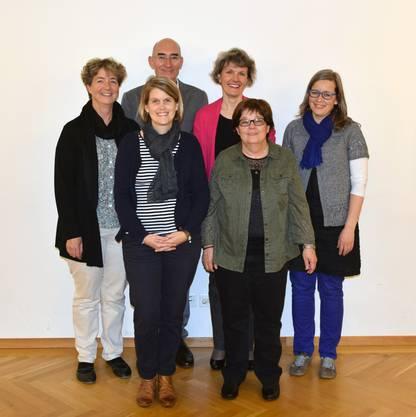 Vorstand Singkreis Wasseramt (von links) Claudia Eng, Patricia Walter Affolter, Markus Oberholzer, Susanna Christen Muralt, Esther Schürch, Irène Flury (es fehlt Micha Unold)