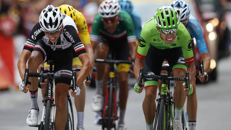 Der Kolumbianer Rigoberto Uran (r.) gewann die 9. Etappe der Tour de France in einem extrem knappen Finish.