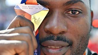 Alex Wilson hat in Berlin die Bronzemedaille über 200 Meter gewonnen. Und er weiss, wie er sich gut verkaufen kann. (Archiv)