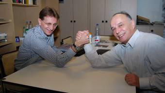Kräftemessen: Christian Baumann (links) und Rolf Vogt streiten sich ums höchste politische Amt in der Gemeinde Zufikon. (sl)