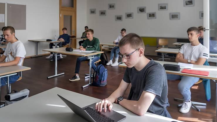 Der Anteil der Buben respektive der jungen Männer im Leistungszug P der Baselbieter Sekundarschulen, in Fachmittelschulen und in Gymnasien soll in den nächsten fünf Jahren um 5 Prozent gesteigert werden. (Themenbild).